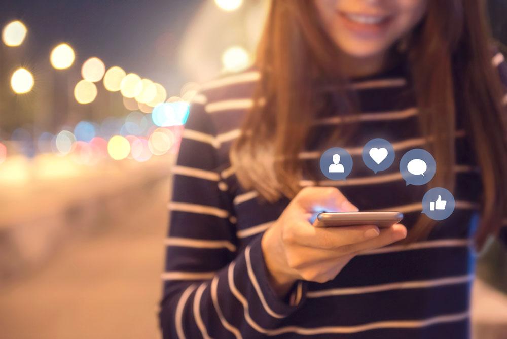 handling social media praise