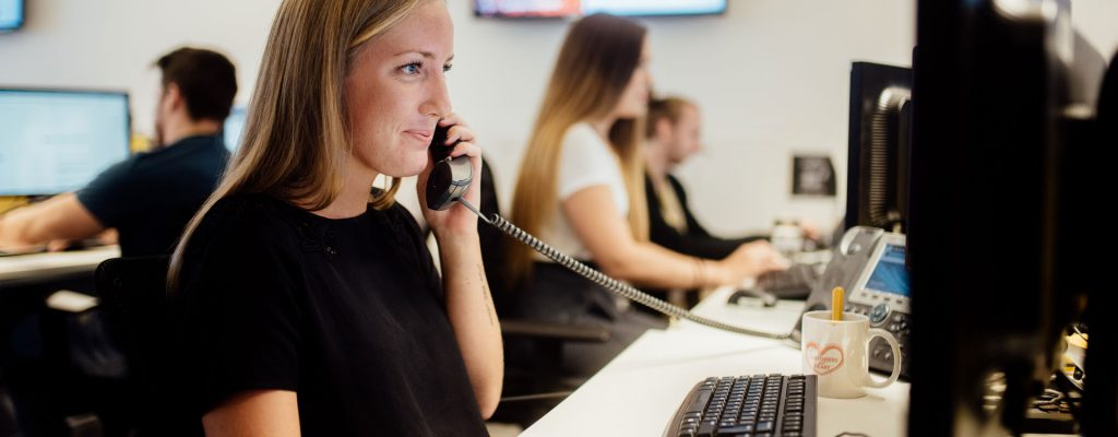 agents using crm to provide customer service