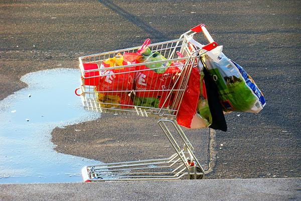 abandoned shopping cart reducing shopping cart abandonment