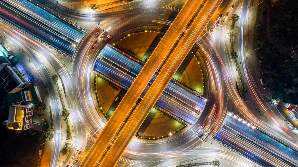 busy highway representing closing the customer feedback loop