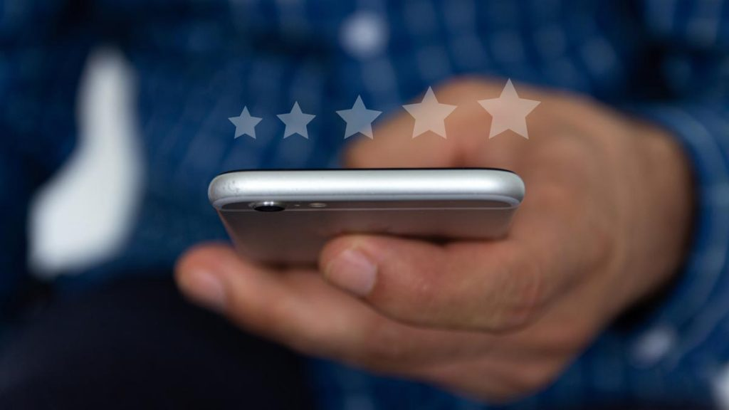 Mobile phone showing 5-star rating